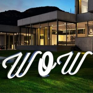 LETTER W GRAPHIC